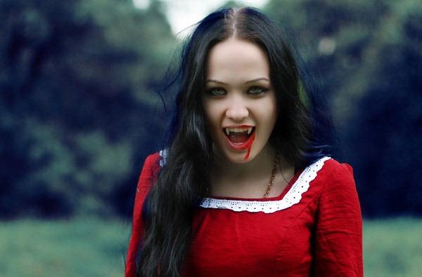 female-vampires-7