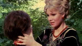 frankenstein-created-woman-1967-christina-hans-head-susan-denberg-review-hammer-horror